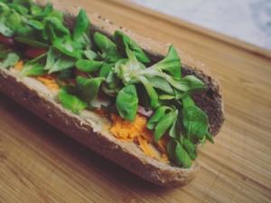 Ein leckeres, veganes Sandwich