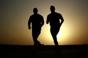 Regelmäßig für Sport motivieren! 2 Läufer