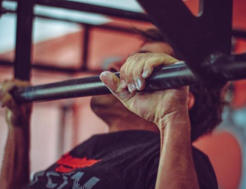 Grundübungen richtig ausführen: Klimmzüge – Robsterize